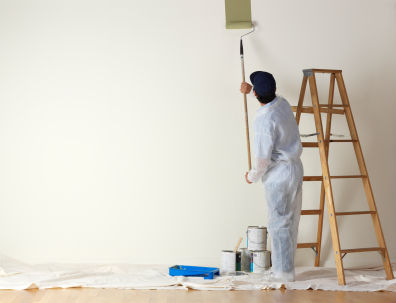 man-painting-wall-with-ladder.s600x600